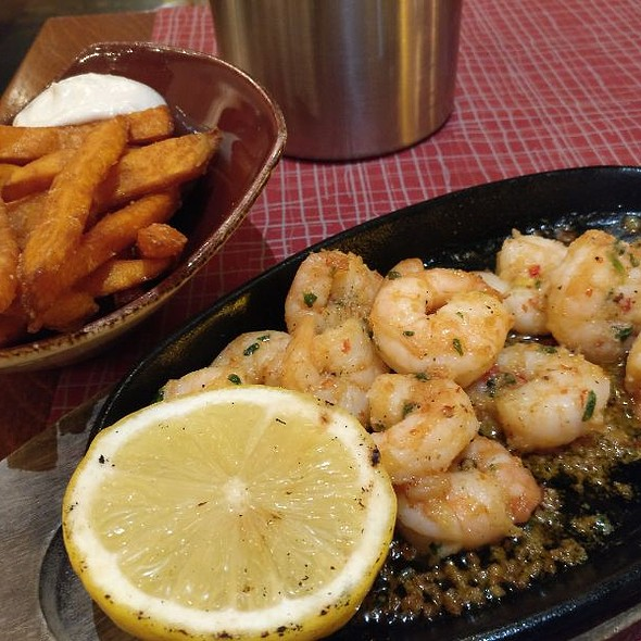 King Prawns In Garlic And Chili Oil