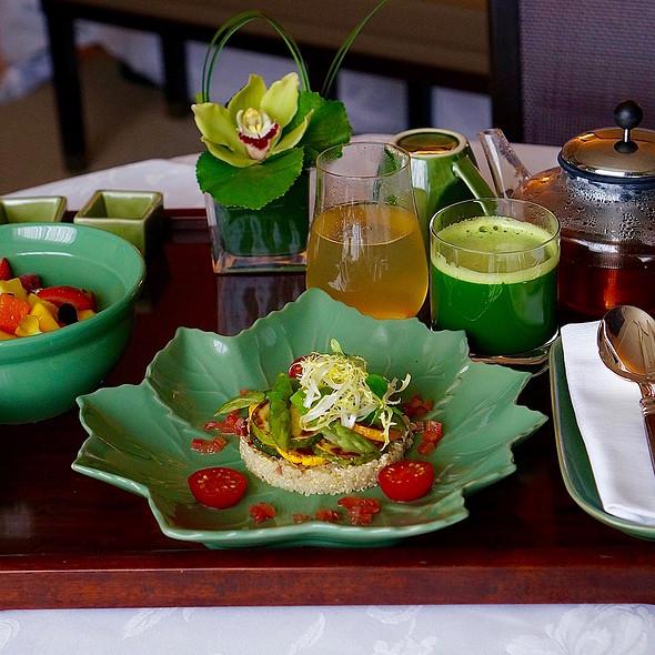 Breakfast in Bed –fruit salad, vegetables and quinoa, apple cider vinegar, green juice