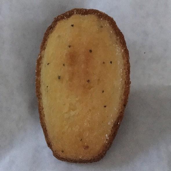 Passionfruit Madeleine