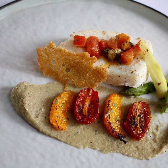 White North Sea halibut, artichoke cream, roasted orange and antiboise
