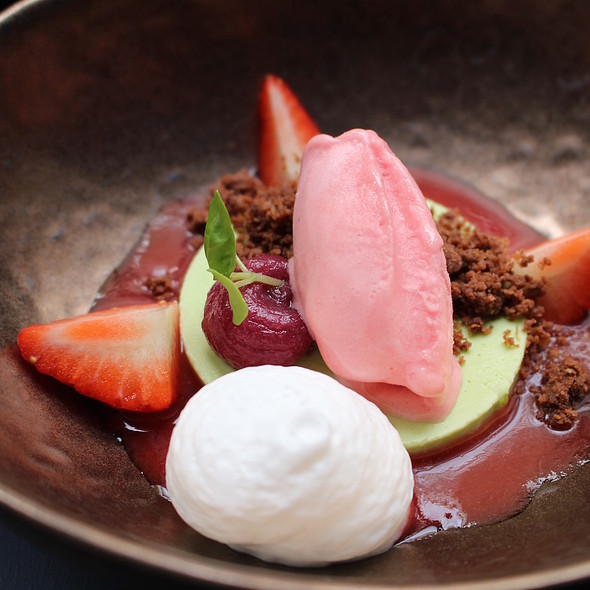 Panna cotta of basil, strawberry sorbet, rhubarb and gin foam