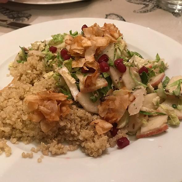 Quinoa Salad With Vegan Bacon