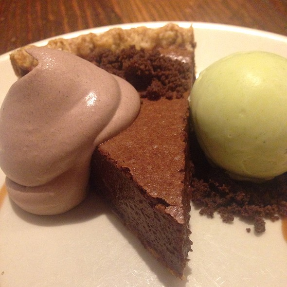Chocolate rye pie, cocoa crumble, fresh mint ice cream