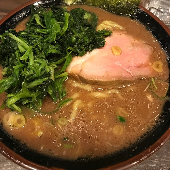 Ramen With Spinach