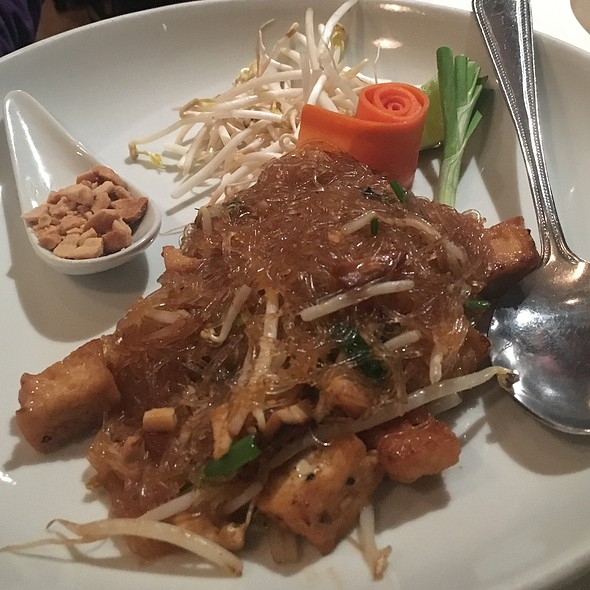 Mung Bean Pad Thai