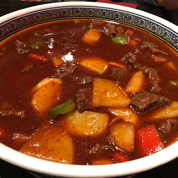 Chengdu Braised Beef With Potato