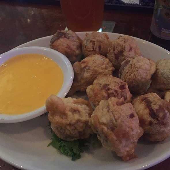 Beer Battered Pretzels And Cheese Dip