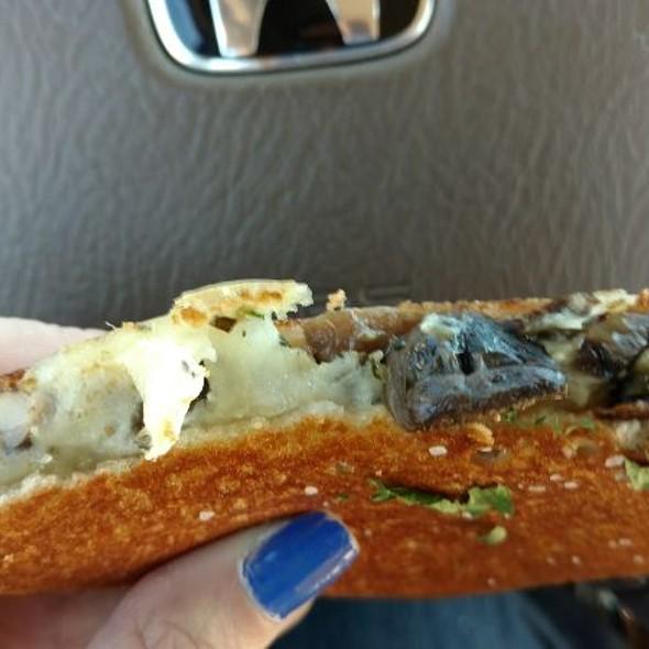 mushroom gruyere grilled cheese sandwich
