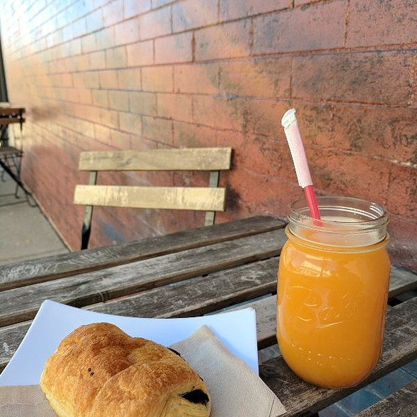 Fresh Squeezed Orange Juice @ Cherry Bean Coffee