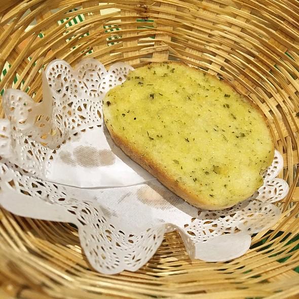 Garlic Bread @ Jack's Place
