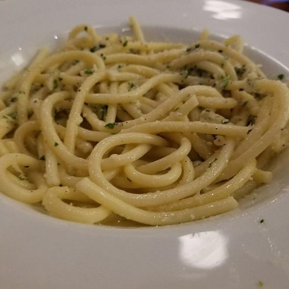 Pasta With Peccorino And Pepper