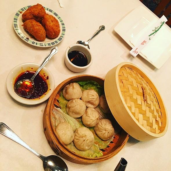 Dim Sum - Xiao Long Bao & Woo Kok