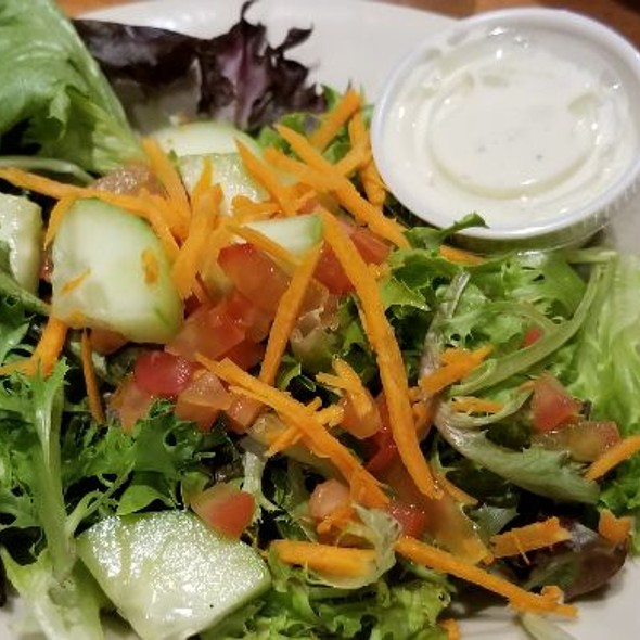 Side Salad With Bleu Cheese Dressing