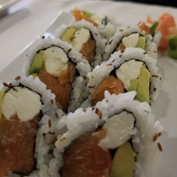 Alaska Roll With Cream Cheese