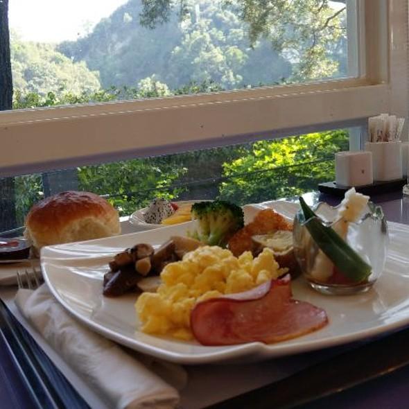 Breakfast @ 自然風情景観渡仮民宿