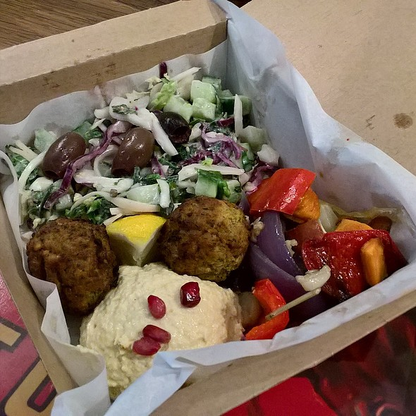 Vegan Mediterranean Mezze Salad