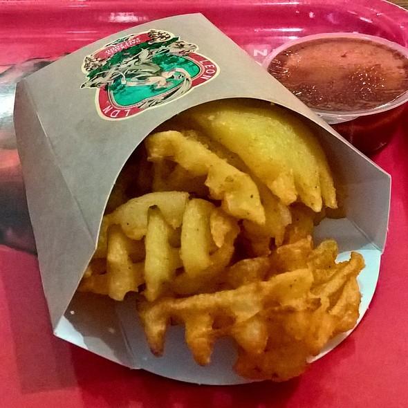 Leon Baked Fries