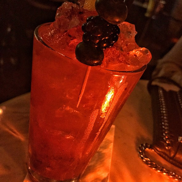 Gin'n Berry Coctail