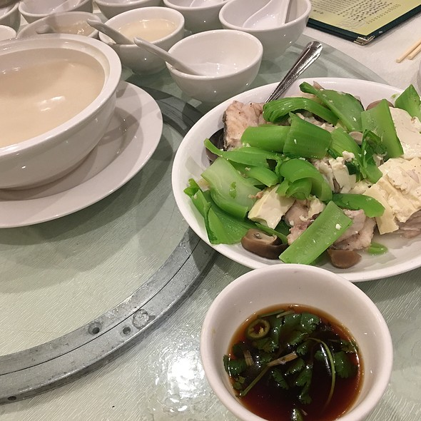 Ling Cod Fish Soup With Filet On The Side