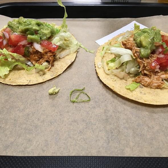 Tacos Pollo @ Totopo mexican food
