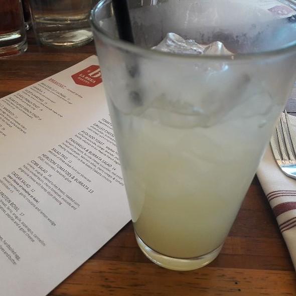 Ginger Lemonade @ La Brea Bakery