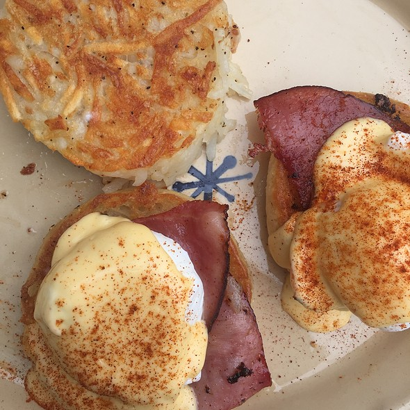 Ham Benedict III @ Snooze An A.M. Eatery