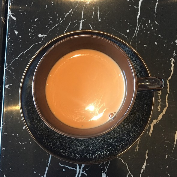 Hong kong style milk tea (港式奶茶)