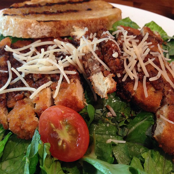Chickin' Milanese Salad