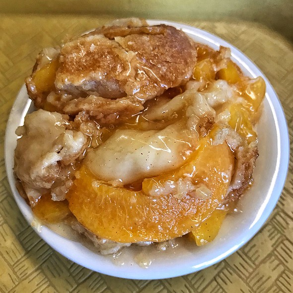 Peach Cobbler @ Dandgure's
