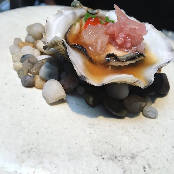 Tsarskaya oysters, jalapeño ponzu, salmon roe, pickled ginger flower
