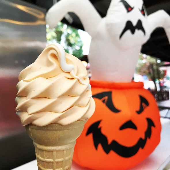 Pumpkin Soft Serve Ice Cream @ Knoebels Amusement Resort