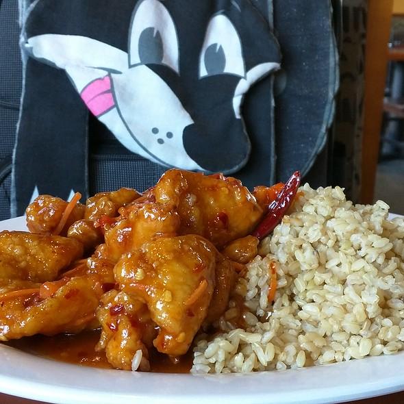 General Tso's Chicken @ Pei Wei Asian Diner