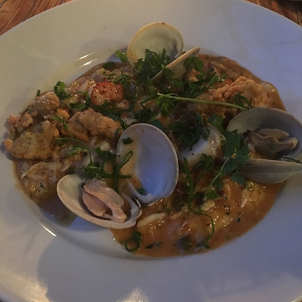 Shellfish And Grits