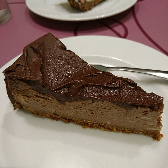 French Chocolate Cheesecake