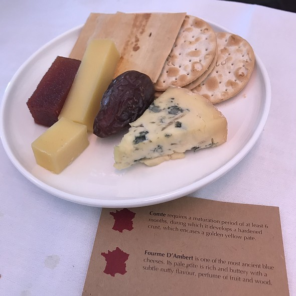Cheese Platter @ Qantas Business Class Qf15