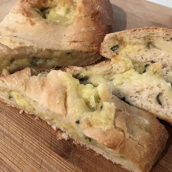 Garlic & Cheese Borek