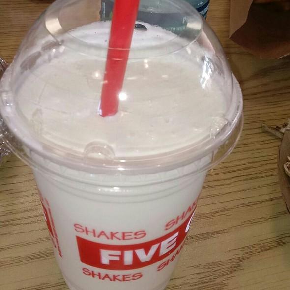 Oreo Creme Shake
