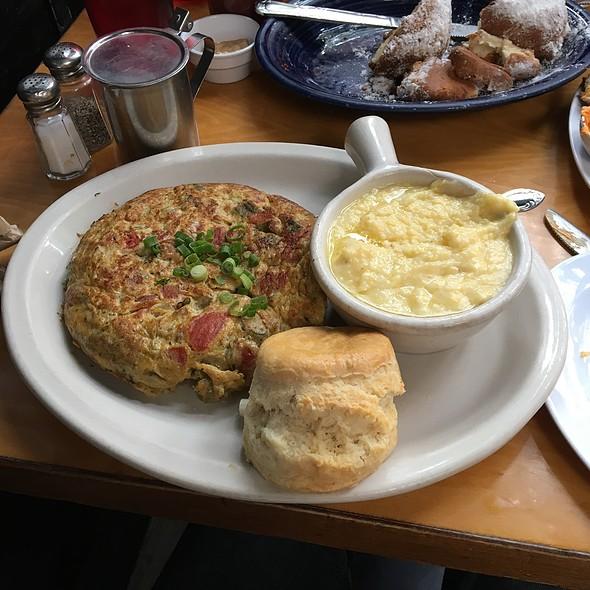 Delta Scramble @ Brenda's Meat And Three