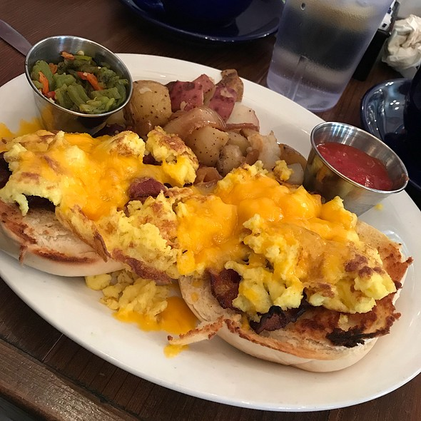 New Mexico Breakfast Bagel @ Hannah & Nate's