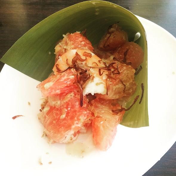 Pomelo Salad With Shrimp