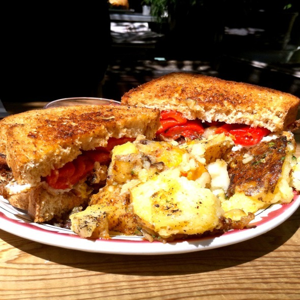 Grilled Cheese Sandwich @ Aunties and Uncles
