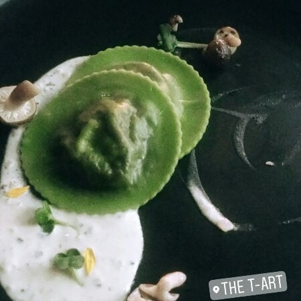 Broccoli Ravioli Beef Cheek and Black Truffle Sauce @ The T-Art
