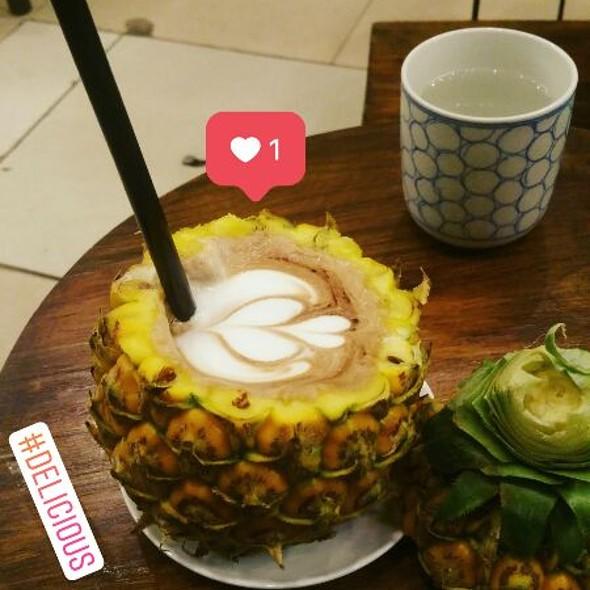 Mocha in Pineapple  @ Drew Coffee