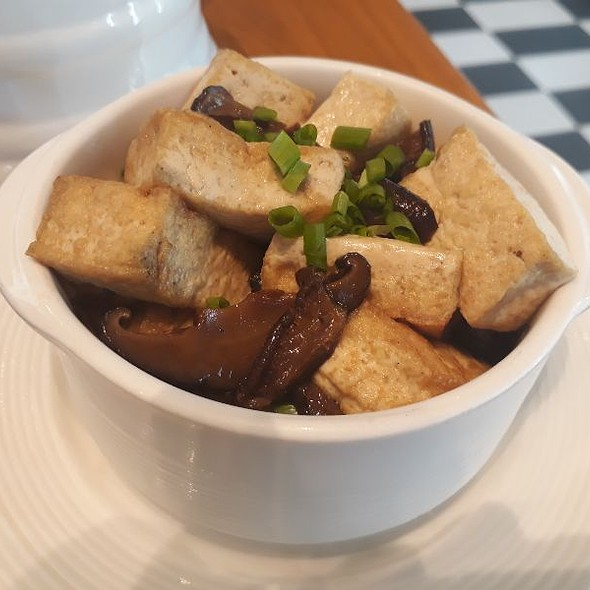 Tofu Steak with Assorted Mushrooms