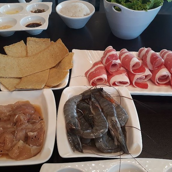 Assorted Meats And Shrimps For Grilling