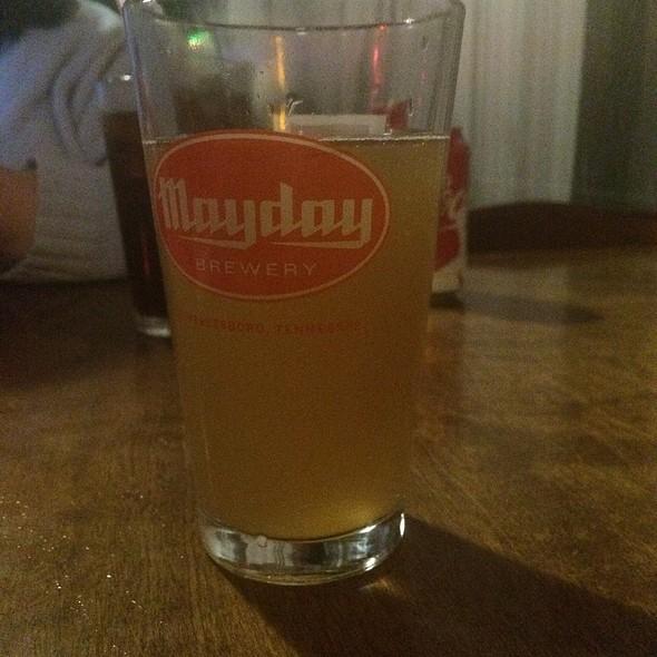 Gypsy Circus Pumpkin Cider @ Suttree's High Gravity Tavern
