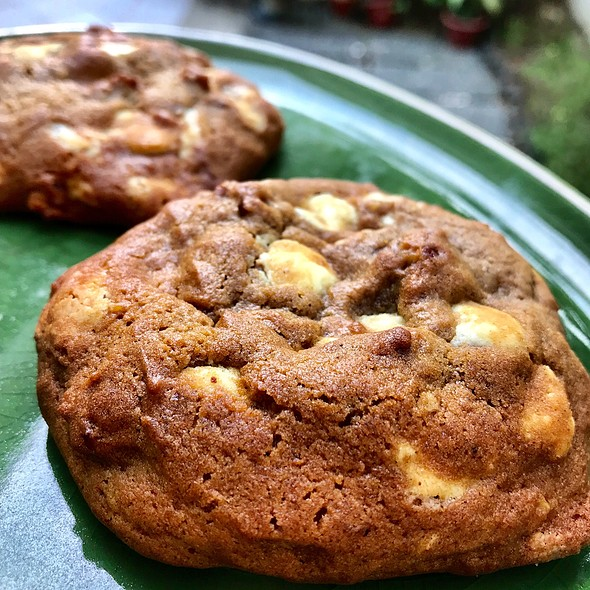 Pumpkin Harvest Cookies @ HAFH