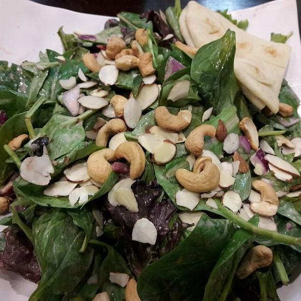 Make Your Own Salad @ Saladish
