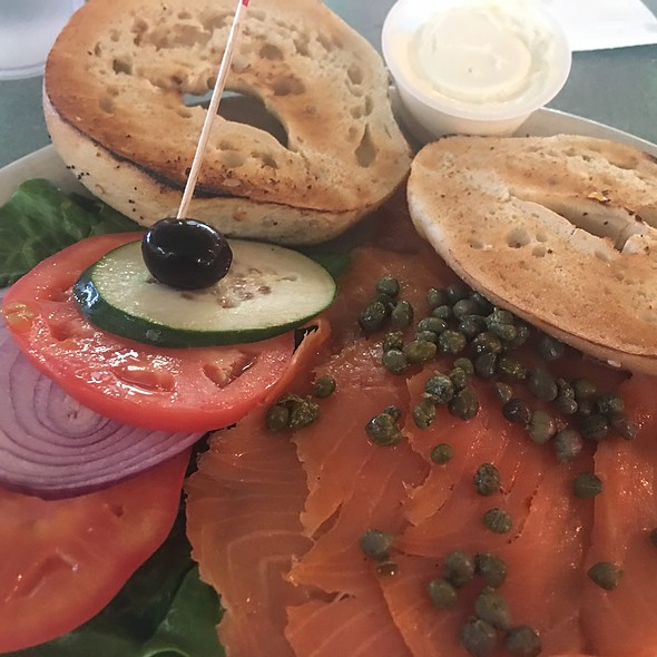 Lox And Bagel Platter