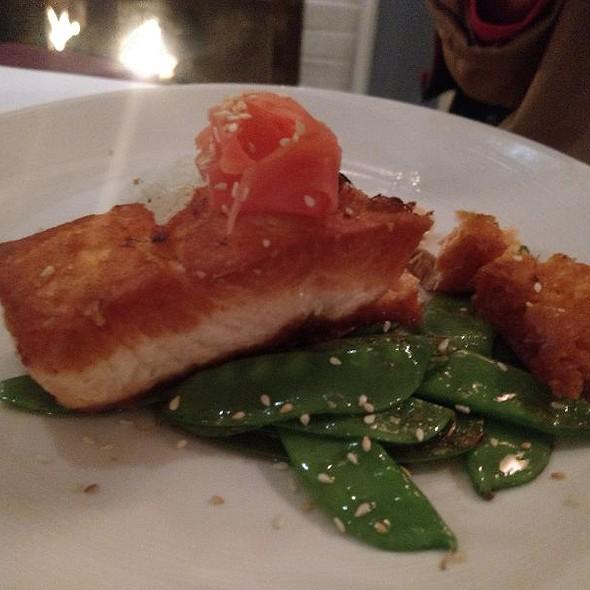 Pan-Seared Salmon @ Dan'l Webster Inn & Spa